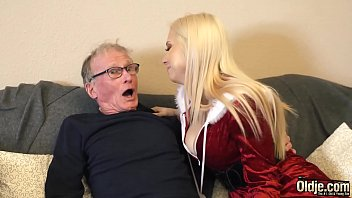 Бисексуалки сношаются с любовником