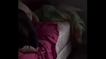 Бабуля кончает с маленьким самотыком на отдыхе