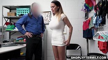 Неистовый секс сынули с мамочкой